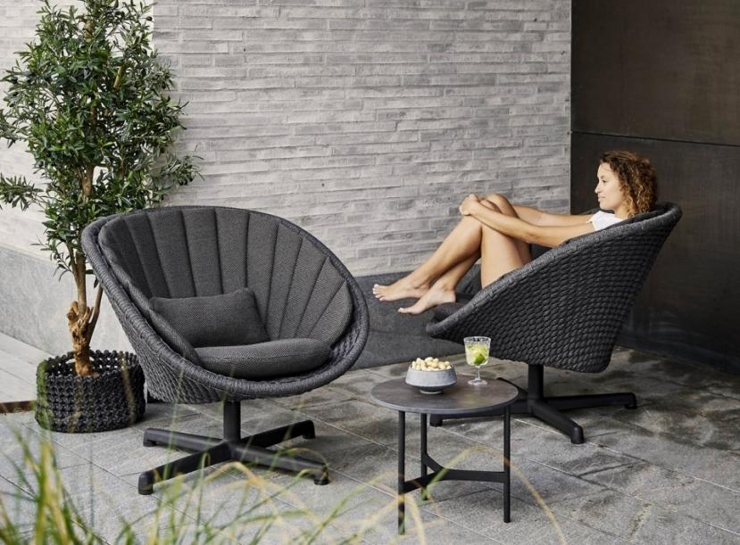 Кресло уличное Cane-line Peacock lounge chair